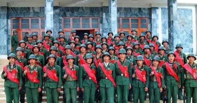 """35年前 一群来自山东的年轻士兵 上演了现实版中国""""兄弟连"""""""