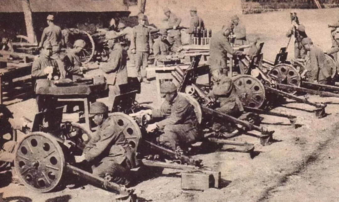 解放战争老照片:如何通过训练,快速提升部队战斗力?