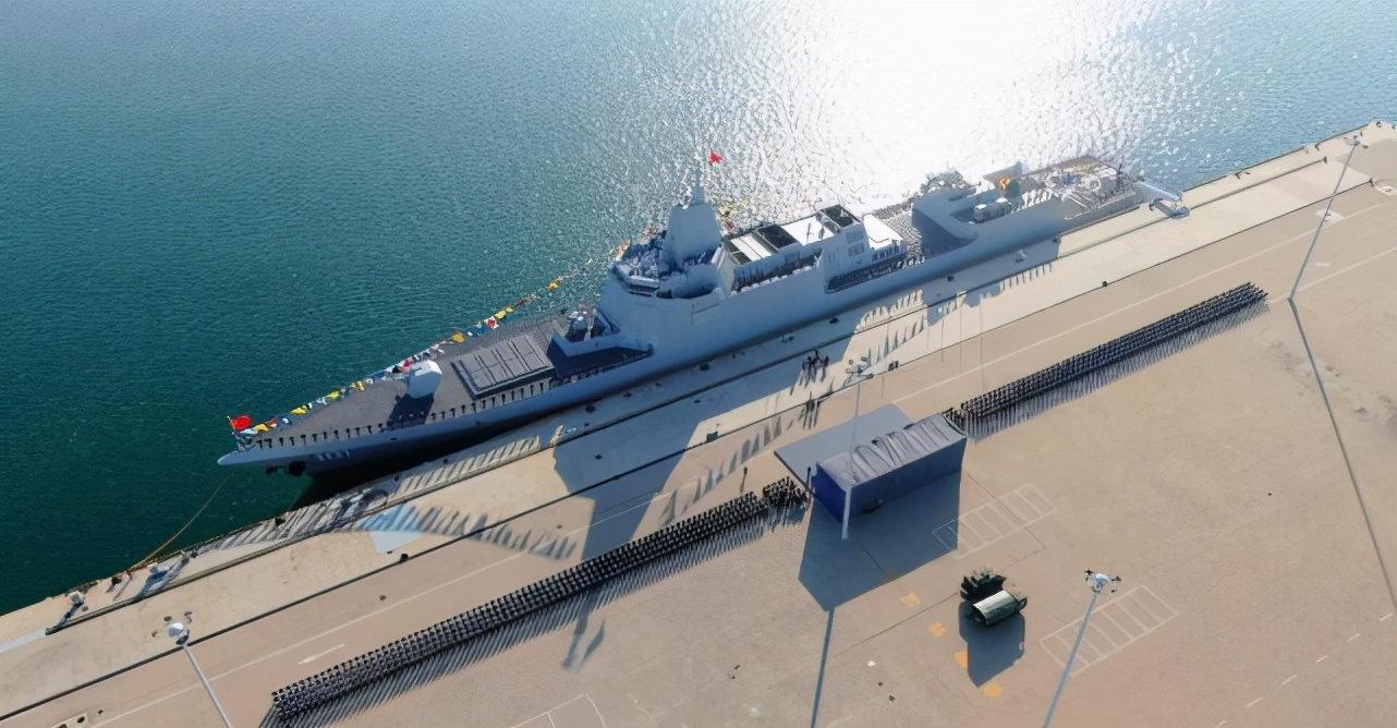 左右横跳?美媒炒作中国海军舰船数超美军 但美海军专家说不必恐慌