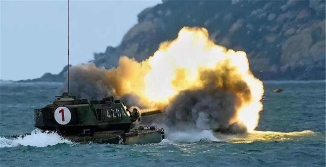 解放军三大战区海军火力全开!这个重磅新闻,传递了什么信号?