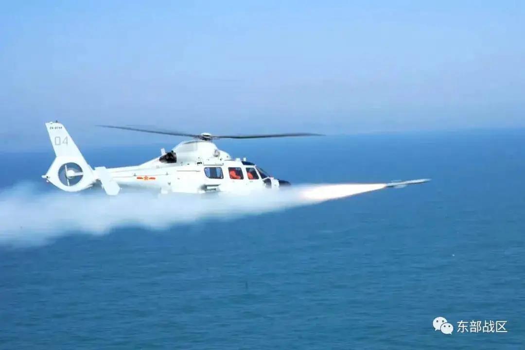 导弹艇克星来了!东部战机直-9D携鹰击-9反舰导弹出击插图