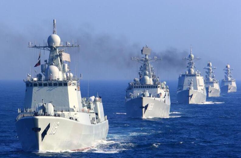 辽宁舰与055现身台海后 或赴南海与美航母同框!