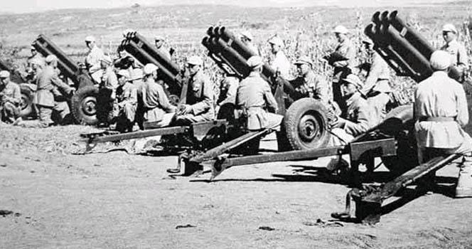 """志愿军的国产""""秘密武器"""":一波齐射砸下 美军也被炸蒙圈"""