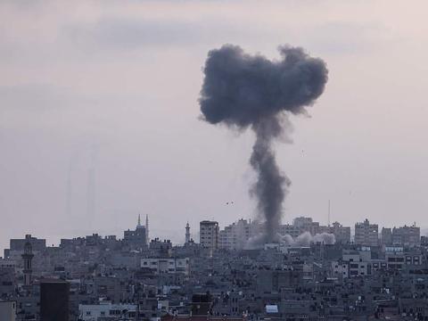 谁干的?阿富汗总统府遇袭,伊拉克和以色列也乱了