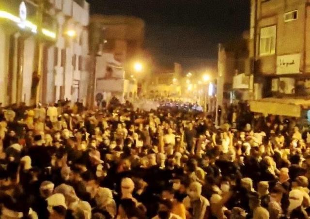 伊朗城市爆发激烈枪战,中情局火速派特工赴中东,警告大国别插手