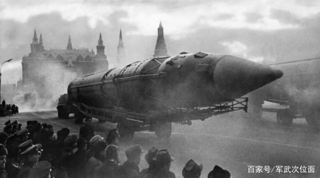 """来自苏联的远古巨兽,仍旧耸立的R-36M""""撒旦""""是怎样的存在"""
