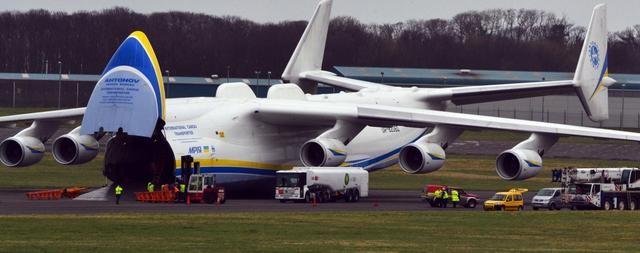 全面探索安-225,一款全球最大的飞机,32个轮子640吨起飞重量