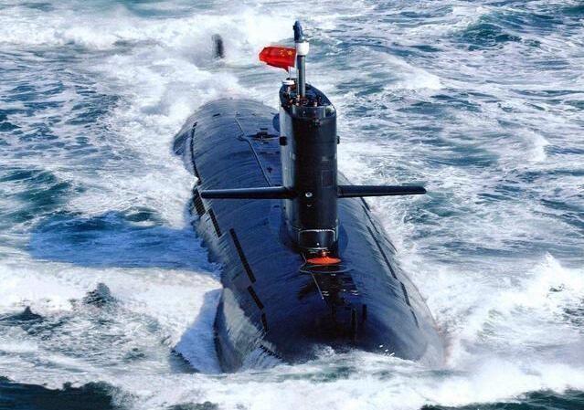 解放军新一波下饺子开始,未来10年打造百艘军舰,平可夫:不可能