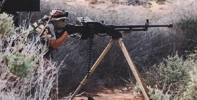 清一色中方重机枪登场,利比亚战局瞬间逆转,现场一幕令美军恐慌