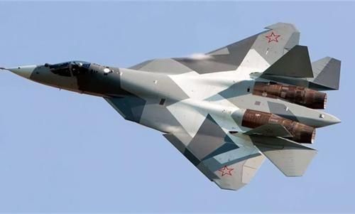 美俄5代战机对战谁更强?美媒评价一针见血,称赞中却暗含贬低