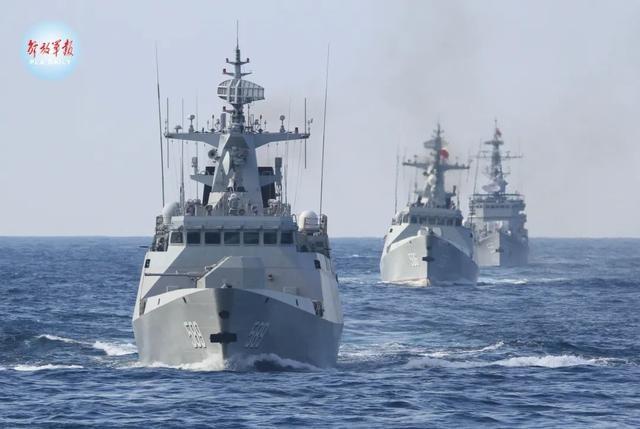 舰艇编队开赴多个海区,波峰浪谷间锤炼海上利剑!