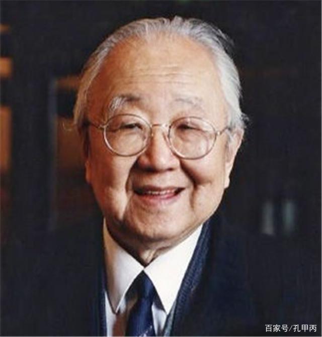 看书法泰斗启功老先生,如何一句话怒怼霸道的赵忠祥!