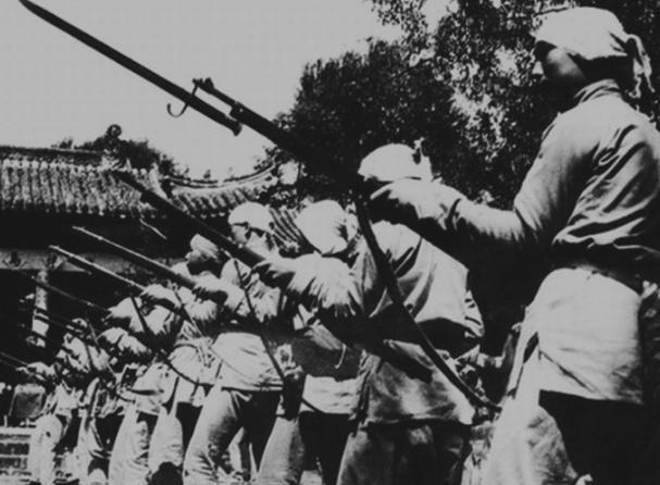 马本斋打扫战场,为何扒日军尸体军装甚至毛皮鞋