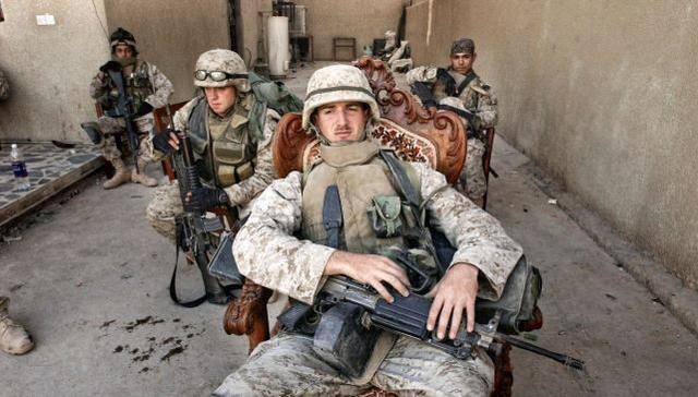 美军轻松拿下伊拉克,为什么不敢对伊朗动手?让我们明白一个道理