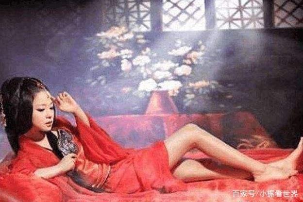 古代女子夏天如何避暑?不少女人使用这招,但却便宜了很多男人