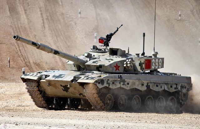 战场上坦克被反坦克导弹命中之后,里面的士兵有多大的存活概率?